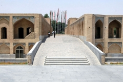 h-Isfahan-Khajou-Bridge-(4)
